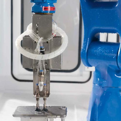 Wet Polishing with a 6-Axis Robot